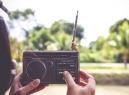 Stanice Českého rozhlasu Rádio Retro bude v létě ve znamení dálek a knížek