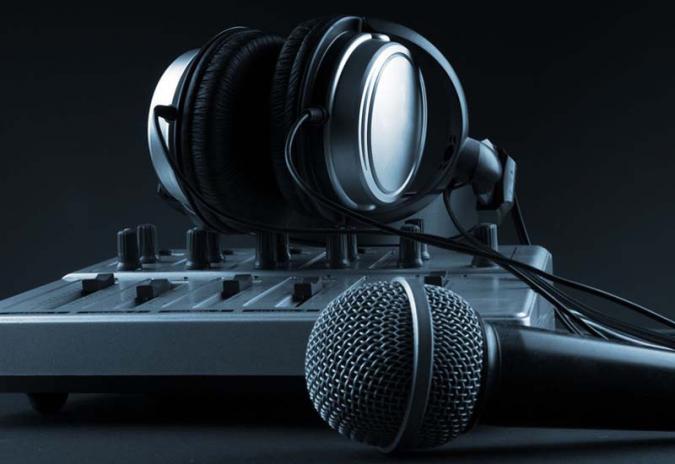 sluchatka_mikrofon_01