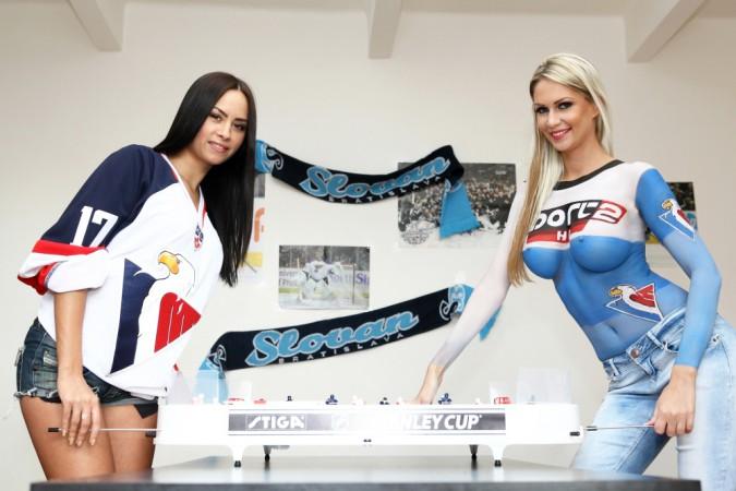 Natália Glosíková a Andrea Járová propagují uvedení HD verze sportovní stanice Sport2 na český a slovenský trh. Foto: archiv Sport2 z roku 2013