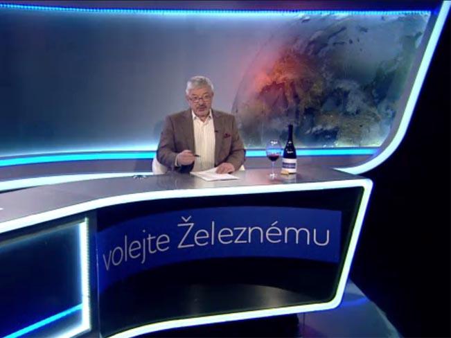 Vladimír Železný ve studiu. Reprofoto: TV Barrandov
