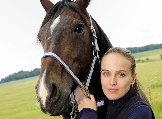 Tereza Voříšková hraje ve druhé řadě seriálu Ve znamení koně a ztvárnila i hlavní hrdinku minisérie Reportérka