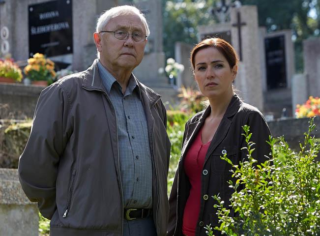 Jaroslav Satoránský a Soňa Norisová v seriálu Policie Modrava, foto: TV Nova