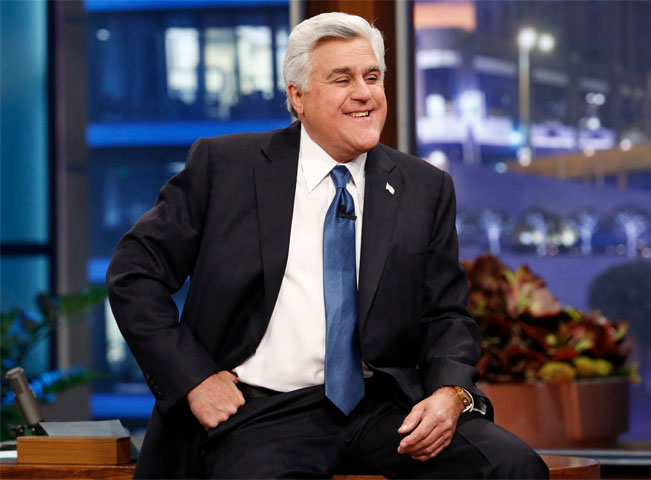 Jay Leno byl sledovanější než David Letterman a je zaslouženě legendou americké late night scény. Poslední díl své Tonight Show odvysílal v roce 2013.