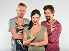 Hvězdy seriálu Ohnivý kuře Jakub Prachar, Kristýna Leichtová a Jan Dolanský. Foto: TV Prima