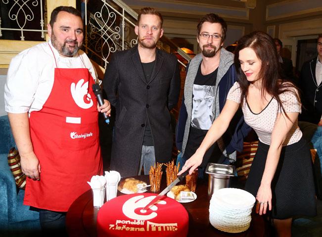 Hvězdy seriálu Ohnivý kuře, foto: TV Prima