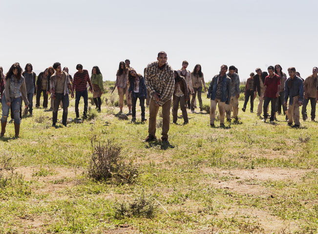 Walkers - Fear of the Walking Dead - Season 2, Episode 8 - Photo Credit: Richard Foreman Jr. Fotografii poskytla AMC Networks International CE