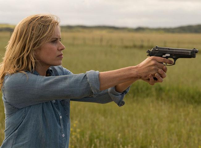 Ukázka z třetí sezony seriálu Fear the Walking Dead (v češtině Živí mrtví: Počátek konce). Fotografii poskytlo mediální zastoupení televize AMC v České republice.