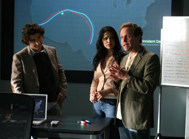 Ukázka ze seriálu Vražedná čísla (Numbers). Fotografii poskytlo mediální zastoupení AXN v ČR
