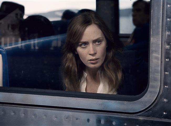 Prima KRIMI uvede televizní premiéru filmu Dívka ve vlaku v hlavní roli s Emily Blunt. Fotografii poskytla FTV Prima