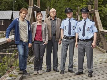 Policie Modrava, momentka ze 4. dílu druhé řady s názvem Případ starosta. Fotografii poskytla TV Nova