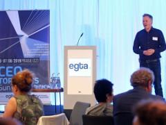 Chris Goldson z ITV na summitu v Praze. Fotografii poskytla Asociace komerčních televizí