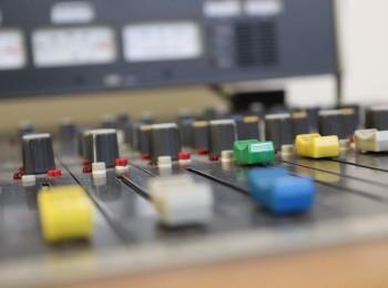 Mixážní pult, ilustrační foto