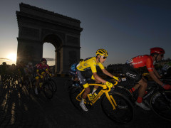 PARIS, FRANCE - JULY 28: Egan Bernal of Colombia and Team INEOS Yellow Leader Jersey / Arc De Triomphe / Landscape / Peloton / during the 106th Tour de France 2019, Stage 21 a 128km stage from Rambouillet to Paris Champs-Élysées / TDF / #TDF2019 / @LeTour / on July 28, 2019 in Paris, France.  (Photo by Justin Setterfield/Getty Images)